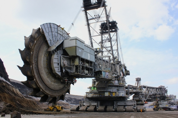 Im Tagebau: Die Reise der Kohle in Bildern